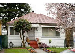 """Photo 1: 2725 TRINITY Street in Vancouver: Hastings East House for sale in """"THE SWEET SPOT NORTH OF MCGILL"""" (Vancouver East)  : MLS®# V880022"""
