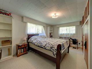 Photo 17: 5761 MCLAUGHAN Road in Sechelt: Sechelt District House for sale (Sunshine Coast)  : MLS®# R2479077