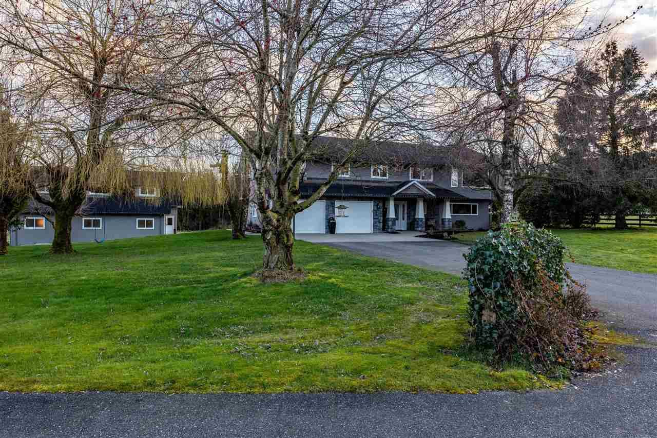 """Main Photo: 29914 GLENGARRY Avenue in Abbotsford: Bradner House for sale in """"MT.LEHMAN"""" : MLS®# R2554933"""