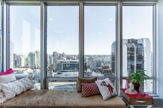 "Photo 9: 1811 989 NELSON Street in Vancouver: Downtown VW Condo for sale in ""ELECTRA"" (Vancouver West)  : MLS®# R2513280"