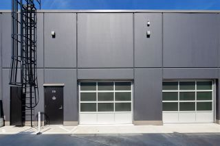 Photo 4: 210 & 212 13880 WIRELESS Way in Richmond: East Cambie Industrial for sale : MLS®# C8033837