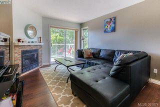 Photo 3: 304 1039 Caledonia Ave in VICTORIA: Vi Central Park Condo for sale (Victoria)  : MLS®# 765694