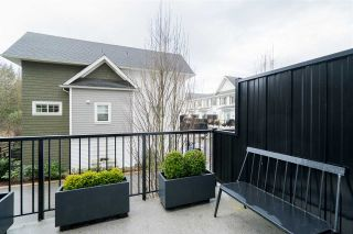 """Photo 24: 46 288 171 Street in Surrey: Pacific Douglas Townhouse for sale in """"THE CROSSING"""" (South Surrey White Rock)  : MLS®# R2541799"""