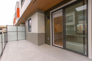 """Photo 22: 104 3021 ST GEORGE Street in Port Moody: Port Moody Centre Townhouse for sale in """"GEORGE"""" : MLS®# R2474134"""