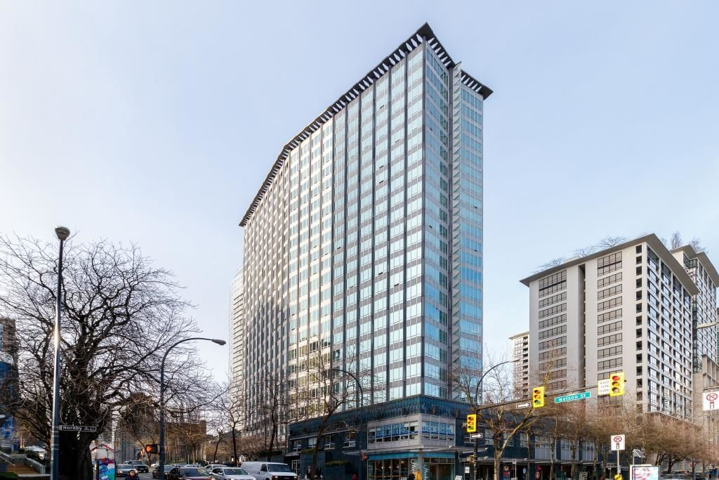 """Main Photo: 1007 989 NELSON Street in Vancouver: Downtown VW Condo for sale in """"ELECTRA"""" (Vancouver West)  : MLS®# R2616359"""