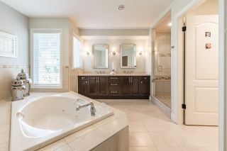 Photo 13: 3086 PLATEAU Boulevard in Coquitlam: Westwood Plateau House for sale : MLS®# R2155397