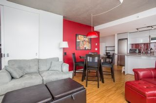 """Photo 11: 2001 108 W CORDOVA Street in Vancouver: Downtown VW Condo for sale in """"Woodwards W32"""" (Vancouver West)  : MLS®# R2465533"""
