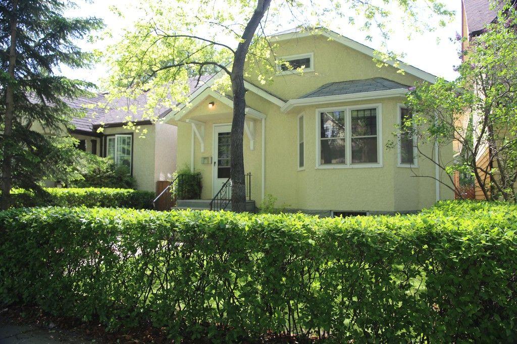 Photo 1: Photos: 228 Lenore Street in Winnipeg: Wolseley Single Family Detached for sale (West Winnipeg)  : MLS®# 1413025