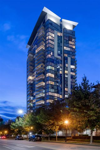 """Photo 2: 706 5611 GORING Street in Burnaby: Central BN Condo for sale in """"LEGACY"""" (Burnaby North)  : MLS®# R2493285"""