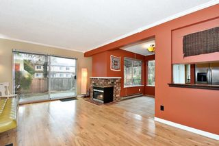 """Photo 9: 7403 TAMARIND Drive in Vancouver: Champlain Heights Townhouse for sale in """"THE UPLANDS"""" (Vancouver East)  : MLS®# R2426145"""