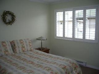 Photo 50: BEAUTIFULLY RENOVATED 3-BR TOWNHOUSE!