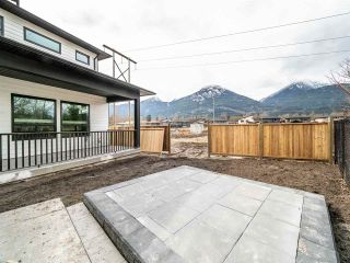 """Photo 32: 39208 WOODPECKER Place in Squamish: Brennan Center House for sale in """"RAVENSWOOD"""" : MLS®# R2497248"""