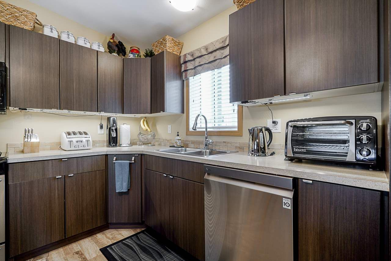 """Photo 7: Photos: 49 7790 KING GEORGE Boulevard in Surrey: East Newton Manufactured Home for sale in """"CRISPEN BAYS"""" : MLS®# R2493696"""