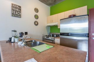 """Photo 4: 303 22 E CORDOVA Street in Vancouver: Downtown VE Condo for sale in """"Van Horne"""" (Vancouver East)  : MLS®# R2191464"""