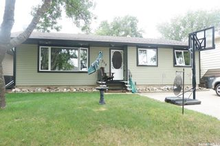 Photo 1: 518 6th Avenue East in Assiniboia: Residential for sale : MLS®# SK864739