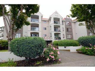 Photo 1: 102 873 Esquimalt Rd in VICTORIA: Es Old Esquimalt Condo for sale (Esquimalt)  : MLS®# 735561