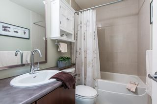 """Photo 11: 2 6878 SOUTHPOINT Drive in Burnaby: South Slope Townhouse for sale in """"CORTINA"""" (Burnaby South)  : MLS®# R2071594"""