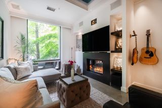"""Main Photo: TH1243 HOMER Street in Vancouver: Yaletown Townhouse for sale in """"Iliad"""" (Vancouver West)  : MLS®# R2619813"""