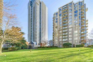 "Photo 2: 806 55 TENTH Street in New Westminster: Downtown NW Condo for sale in ""WESTMINSTER TOWERS"" : MLS®# R2557924"