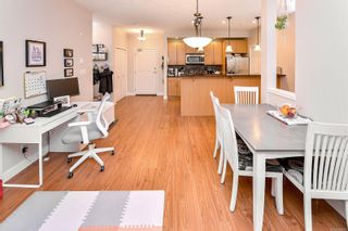Photo 5: 422 623 Treanor Ave in Langford: La Thetis Heights Condo for sale : MLS®# 863979