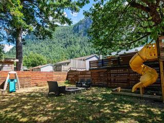 Photo 21: 38327 FIR Street in Squamish: Valleycliffe House for sale : MLS®# R2603553