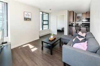 """Photo 3: 1610 977 MAINLAND Street in Vancouver: Yaletown Condo for sale in """"Yaletown Park 3"""" (Vancouver West)  : MLS®# R2579634"""