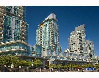 Photo 2: 590 Nicola in Vancouver: Coal Harbour Condo for sale ()  : MLS®# V745320