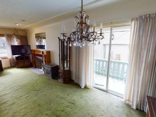 """Photo 5: 2481 E 22ND Avenue in Vancouver: Renfrew Heights House for sale in """"Renfrew Heights"""" (Vancouver East)  : MLS®# R2543982"""