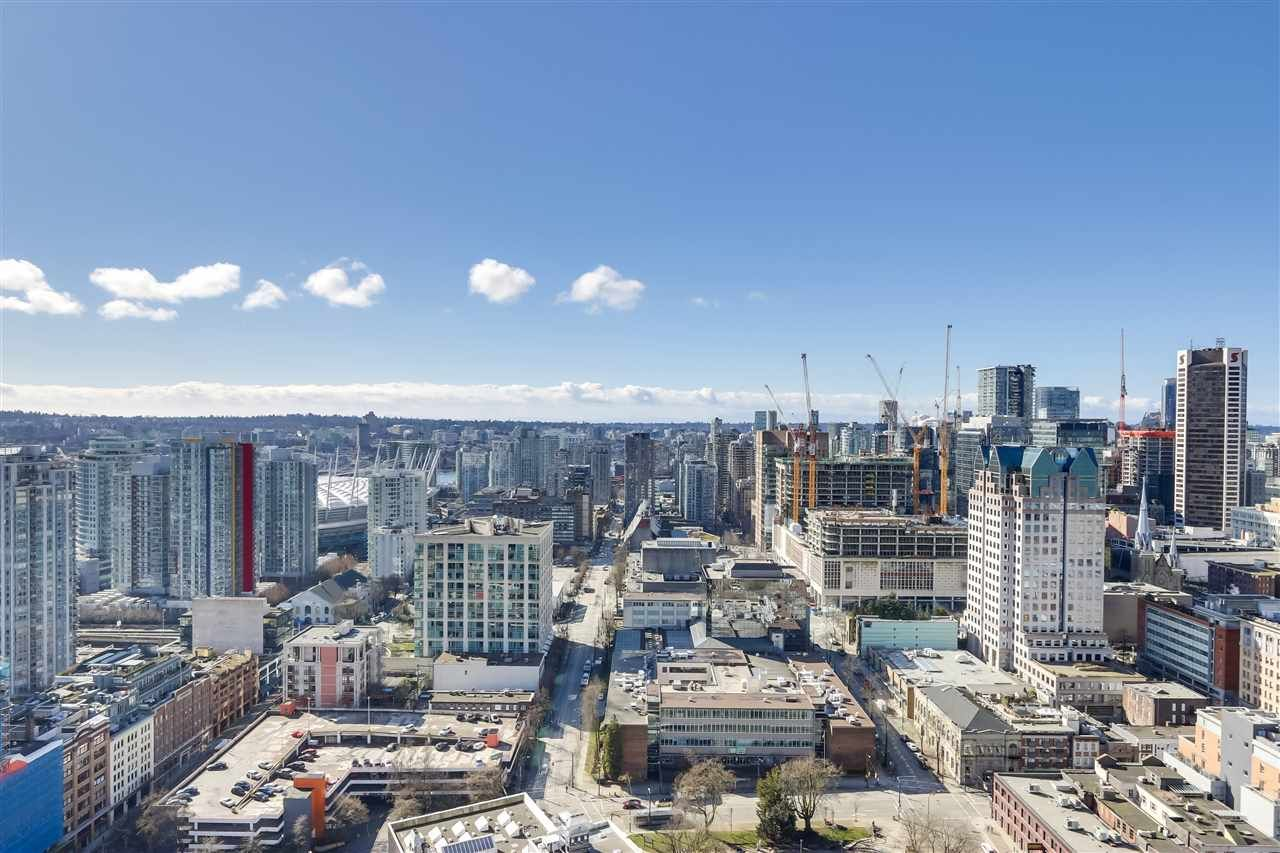 """Main Photo: 4109 128 W CORDOVA Street in Vancouver: Downtown VW Condo for sale in """"WOODWARDS"""" (Vancouver West)  : MLS®# R2551385"""
