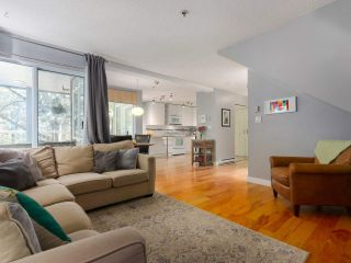 Photo 4: 28 7345 SANDBORNE AVENUE in Burnaby: South Slope Townhouse for sale (Burnaby South)  : MLS®# R2392056