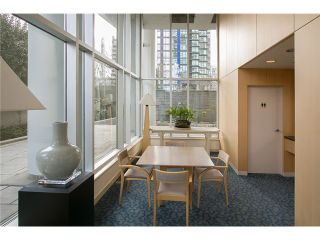 Photo 6: 901 1710 Bayshore Drive in Vancouver: Coal Harbour Condo  (Vancouver West)  : MLS®# V1048157