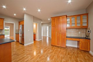 """Photo 9: 33834 GREWALL Crescent in Mission: Mission BC House for sale in """"College Heights"""" : MLS®# R2256686"""