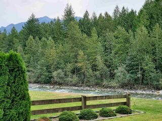 Photo 1: 49342 NEVILLE Road in Chilliwack: Chilliwack River Valley House for sale (Sardis)  : MLS®# R2607477