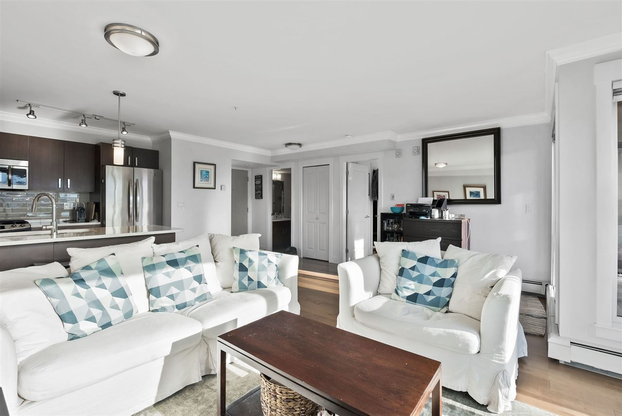 """Photo 6: Photos: 206 857 W 15TH Street in North Vancouver: Mosquito Creek Condo for sale in """"The Vue"""" : MLS®# R2534882"""