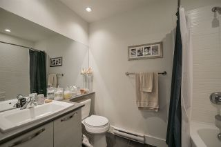 """Photo 10: 403 7428 BYRNEPARK Walk in Burnaby: South Slope Condo for sale in """"Green"""" (Burnaby South)  : MLS®# R2163643"""