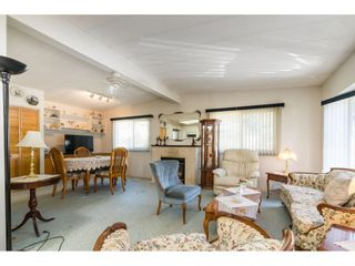 """Photo 10: 1 27111 0 Avenue in Langley: Aldergrove Langley Manufactured Home for sale in """"Pioneer Park"""" : MLS®# R2605762"""