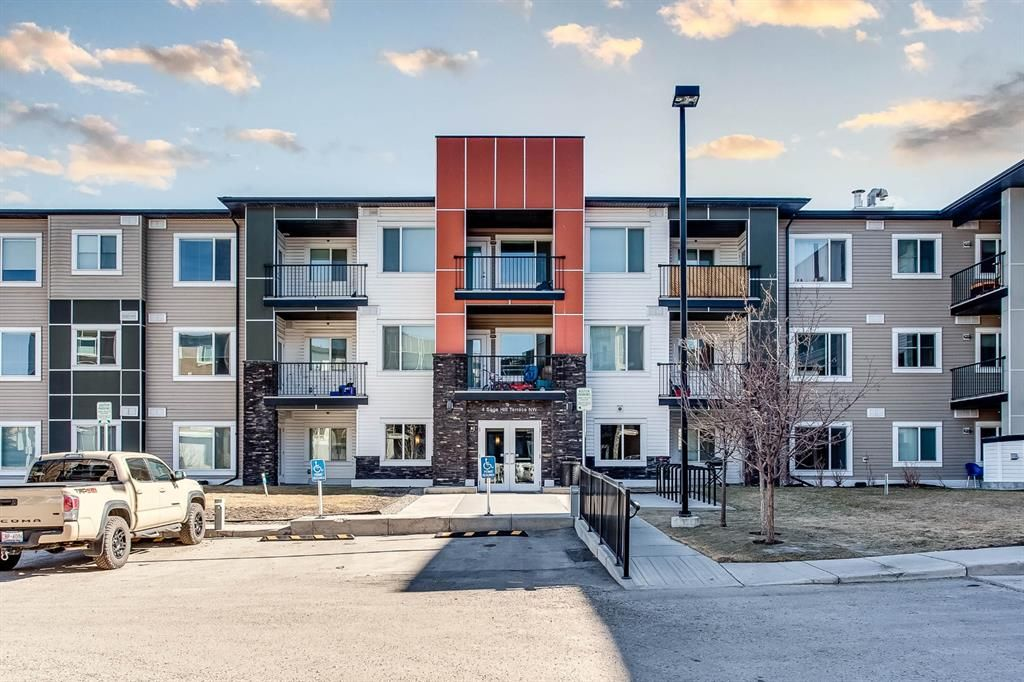 Main Photo: 5 4 Sage Hill Terrace NW in Calgary: Sage Hill Apartment for sale : MLS®# A1082530