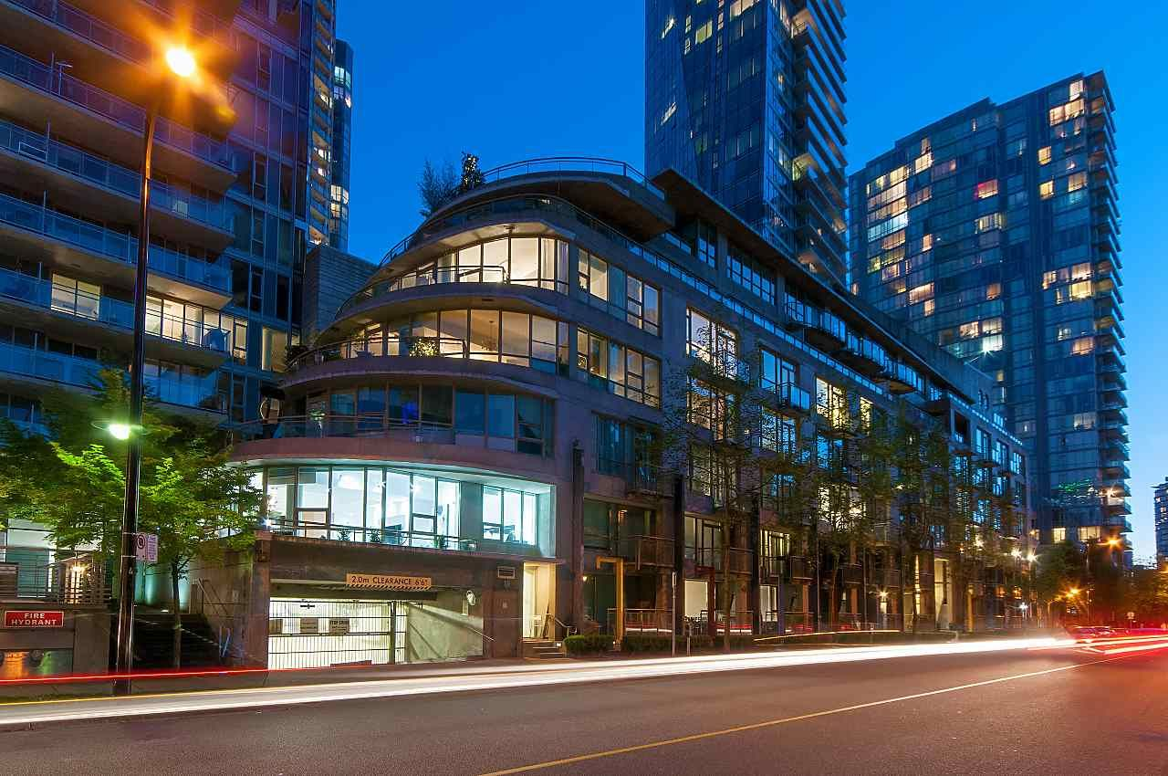 Main Photo: 1418 W HASTINGS STREET in Vancouver: Coal Harbour Townhouse for sale (Vancouver West)  : MLS®# R2266461