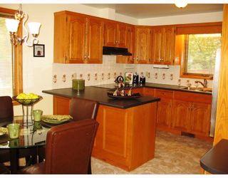 Photo 3: 69 LINDENWOOD Drive East in WINNIPEG: River Heights / Tuxedo / Linden Woods Residential for sale (South Winnipeg)  : MLS®# 2817691