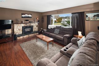 Photo 5: 2826 Santana Dr in VICTORIA: La Goldstream House for sale (Langford)  : MLS®# 808631