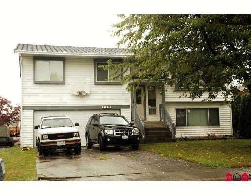 """Main Photo: 21275 95TH Avenue in Langley: Walnut Grove House for sale in """"Walnut Grove"""" : MLS®# F2900072"""