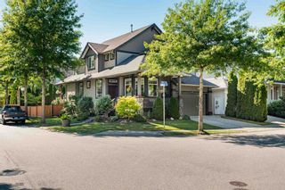 Photo 3: 11257 TULLY Crescent in Pitt Meadows: South Meadows House for sale : MLS®# R2618096