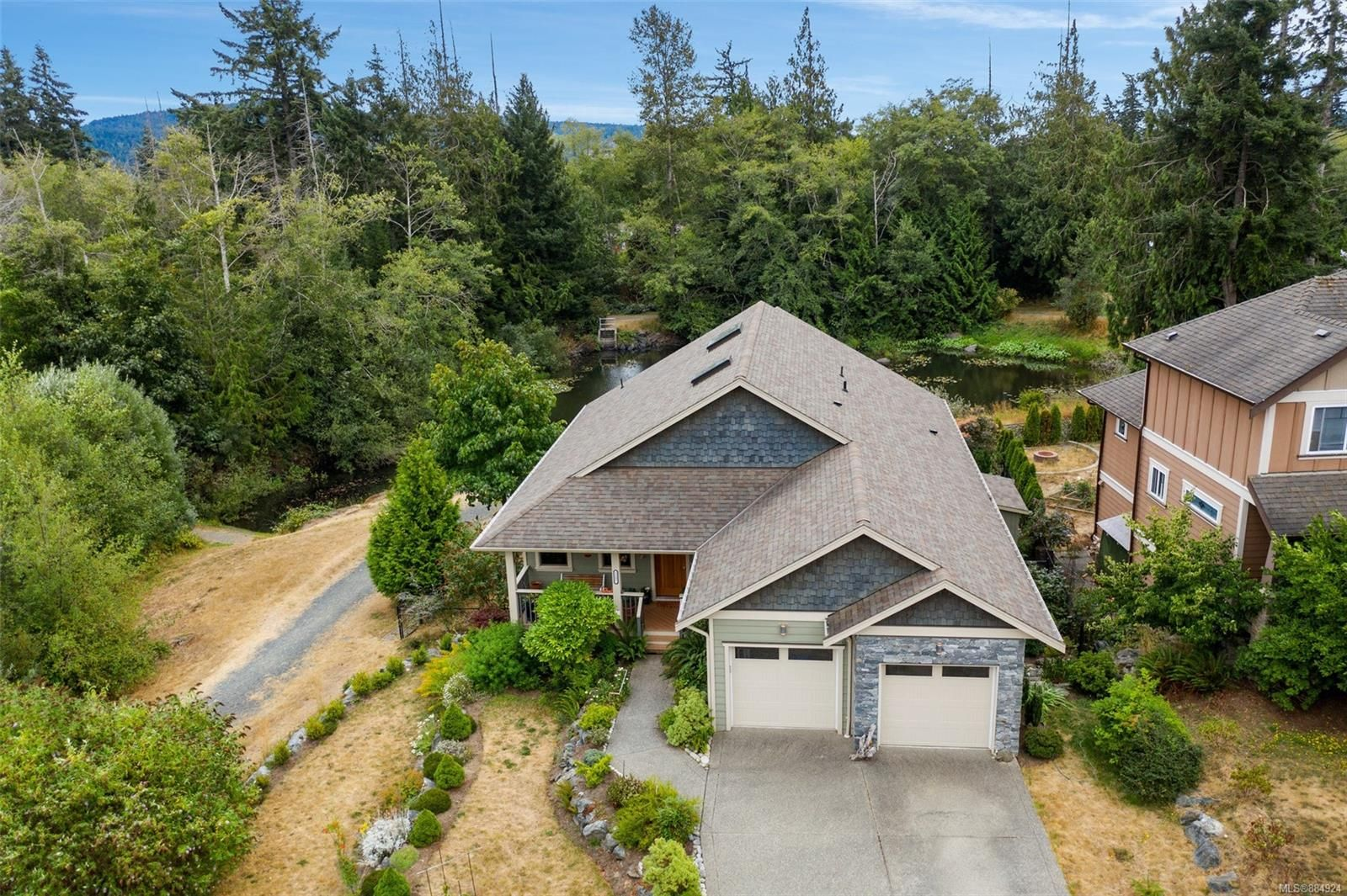 Main Photo: 2257 N Maple Ave in : Sk Broomhill House for sale (Sooke)  : MLS®# 884924