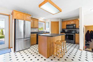 Photo 6: 72 Allan Street in Mclean: Residential for sale : MLS®# SK870580