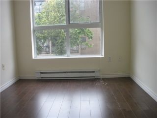Photo 5: # 213 418 E BROADWAY BB in Vancouver: Mount Pleasant VE Condo for sale (Vancouver East)  : MLS®# V1071507