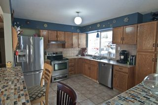 Photo 2: 11727 75A Avenue in Delta: Scottsdale House for sale (N. Delta)  : MLS®# R2127541