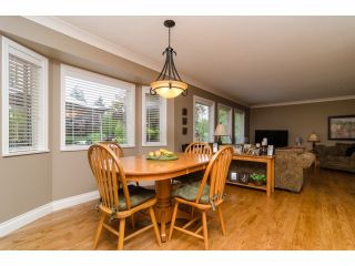"""Photo 11: 2977 NORTHCREST Drive in Surrey: Elgin Chantrell House for sale in """"Elgin Park Estates"""" (South Surrey White Rock)  : MLS®# F1418044"""