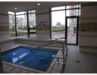 """Photo 2: 701 7088 SALISBURY Avenue in Burnaby: Highgate Condo for sale in """"THE WEST"""" (Burnaby South)  : MLS®# V753163"""