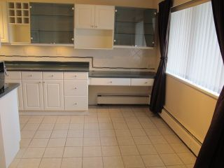 """Photo 5: 302 7180 LINDEN Avenue in Burnaby: Highgate Condo for sale in """"LINDEN HOUSE"""" (Burnaby South)  : MLS®# R2177989"""