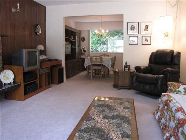 Photo 4: Photos: 809 E KINGS ROAD in North Vancouver: Princess Park House for sale : MLS®# V848319